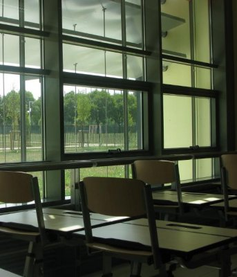 Imoa_school_daylighting_classroom.jpg